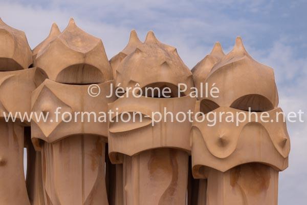 Cours de photographie pour apprendre ) photographier la Pedrera à Barcelone
